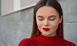 BingMag.com 14 Bad Beauty Habits That Harm Your Health (And How To Quit Them)